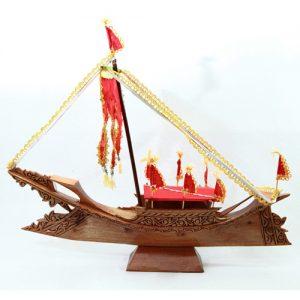 Carving-Lepa-with-Sambung-Layang-(Red)---Front