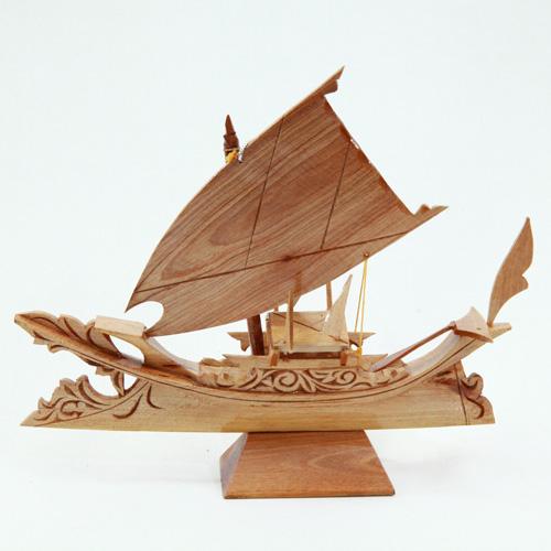 Carving-Lepa-Lepa-8—Front