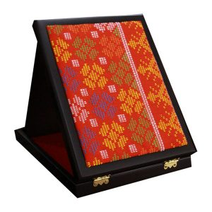 Dastar-Wooden-Plaque-(Red)